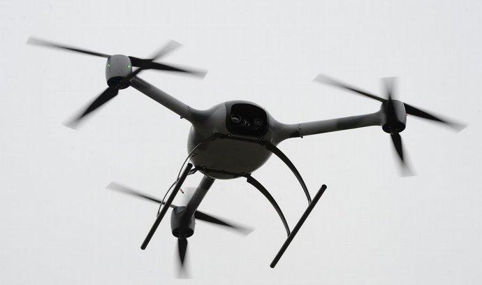 Představení armádního dronu BRUS na kbelském letišti, ilustrační foto