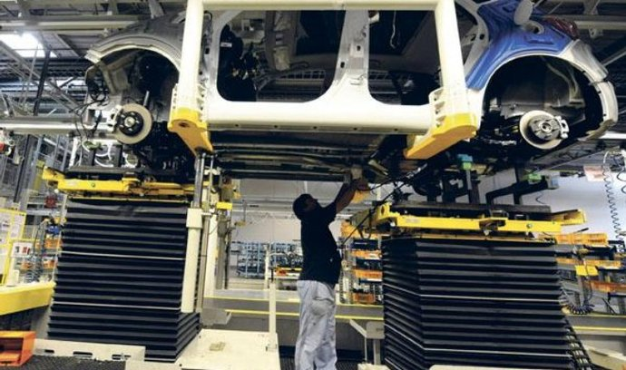 Přes 200 tisíc aut. Závod Hyundai v Nošovicích vyrobil loni 200 135 aut, meziročně o 70 procent více. V Česku se prodají zhruba tři procenta vyrobených aut.