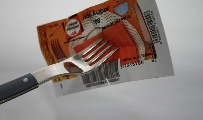 Přesně 86 procent Čechů si přeje, aby stát zachoval zaměstnanecké stravování.