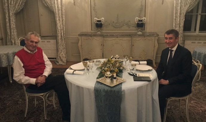 Prezident Miloš Zeman a premiér v demisi Andrej Babiš v Lánech