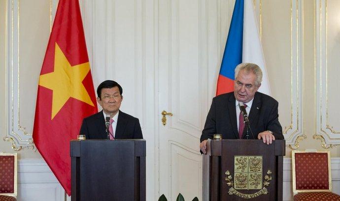 prezident Miloš Zeman a vietnamský prezident Truong Tan Sang