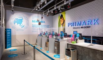 Primark, Versace, Tesla and others.  Cult brands are heading to the Czech Republic and are opening their first stores there