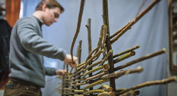 Košíkářská škola pletení: Jak uplést plot primitiv