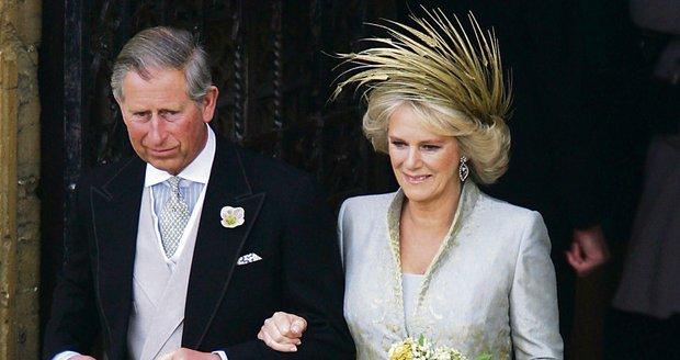 Princ Charles si vzal Camillu 9. dubna 2005