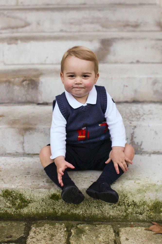 První oficiální vánoční fotografie prince George, 2014