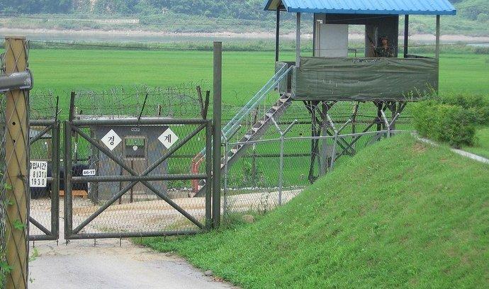 Přísně střežená hranice mezi Severní a Jižní Koreou