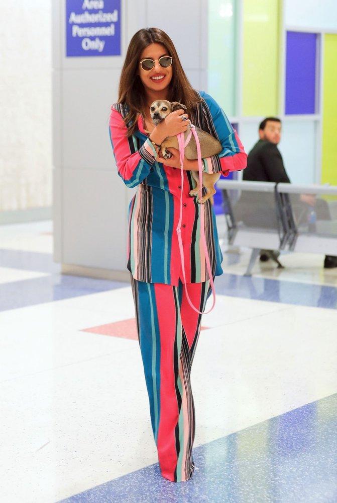 Priyanka Chopra na letišti v New Yorku