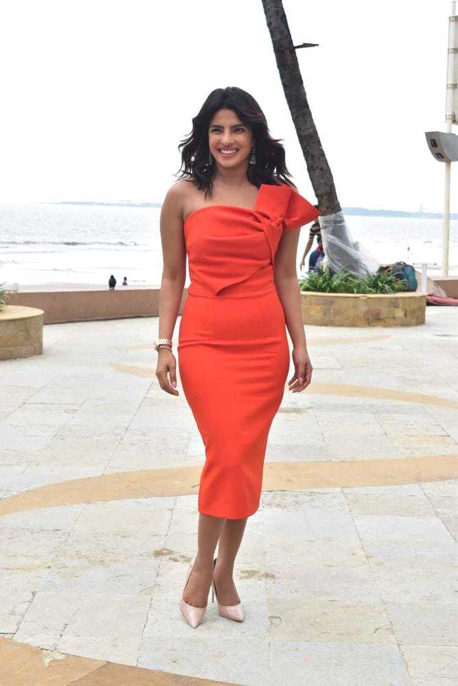 Priyanka Chopra v Indii při představování nového filmu