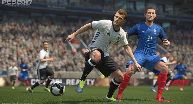Pro Evolution Soccer 2018: Kdo je lepší v kopané?