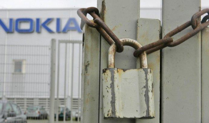 Propouštění v bývalé továrně Nokia - ilustrační foto