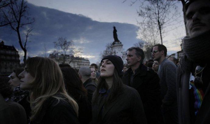 Protesty proti navrhovanému zákoníku práce v Paříži