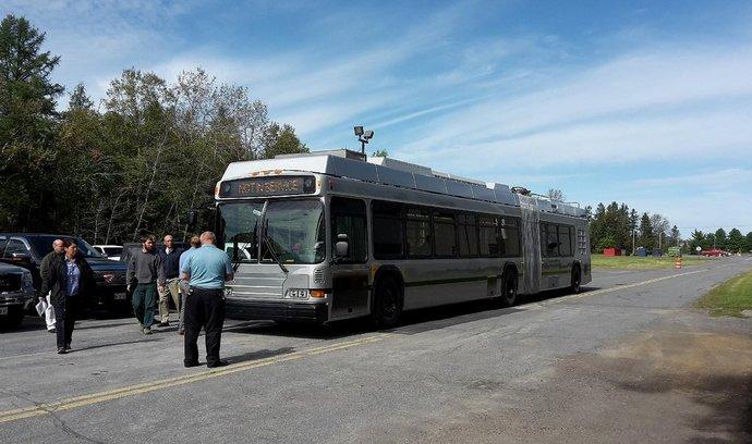 První modernizovaný trolejbus Škody Electric vyjel do provozu v Bostonu