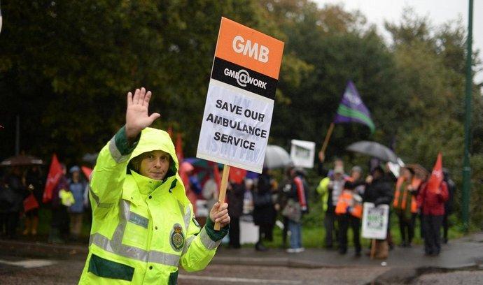 První stávka britských zdravotníků za více než 30 let