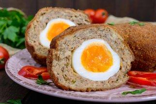 Recepty z vařených vajec: Nejlepší chlebíčky, tlačenka i masové koule