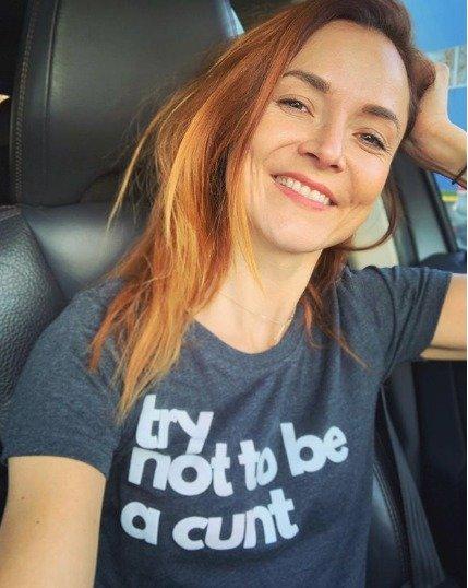 Radka Třeštíková se přitom na Instagramu profiluje jako žena s velkým smyslem pro humor