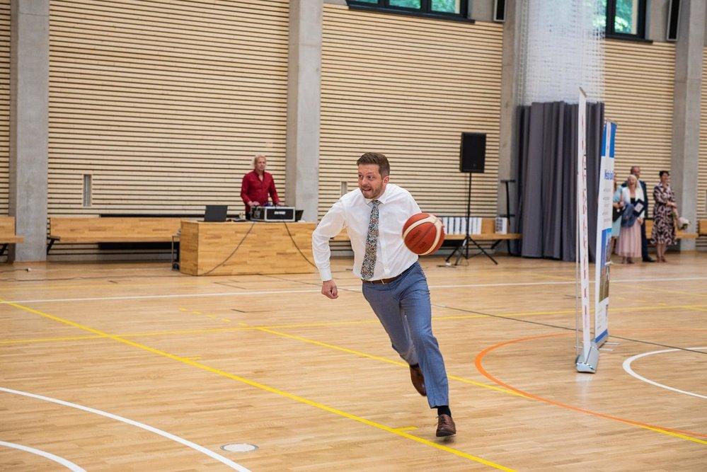 Vít Rakušan (STAN) hrál 12 let basketbal závodně za BC Kolín