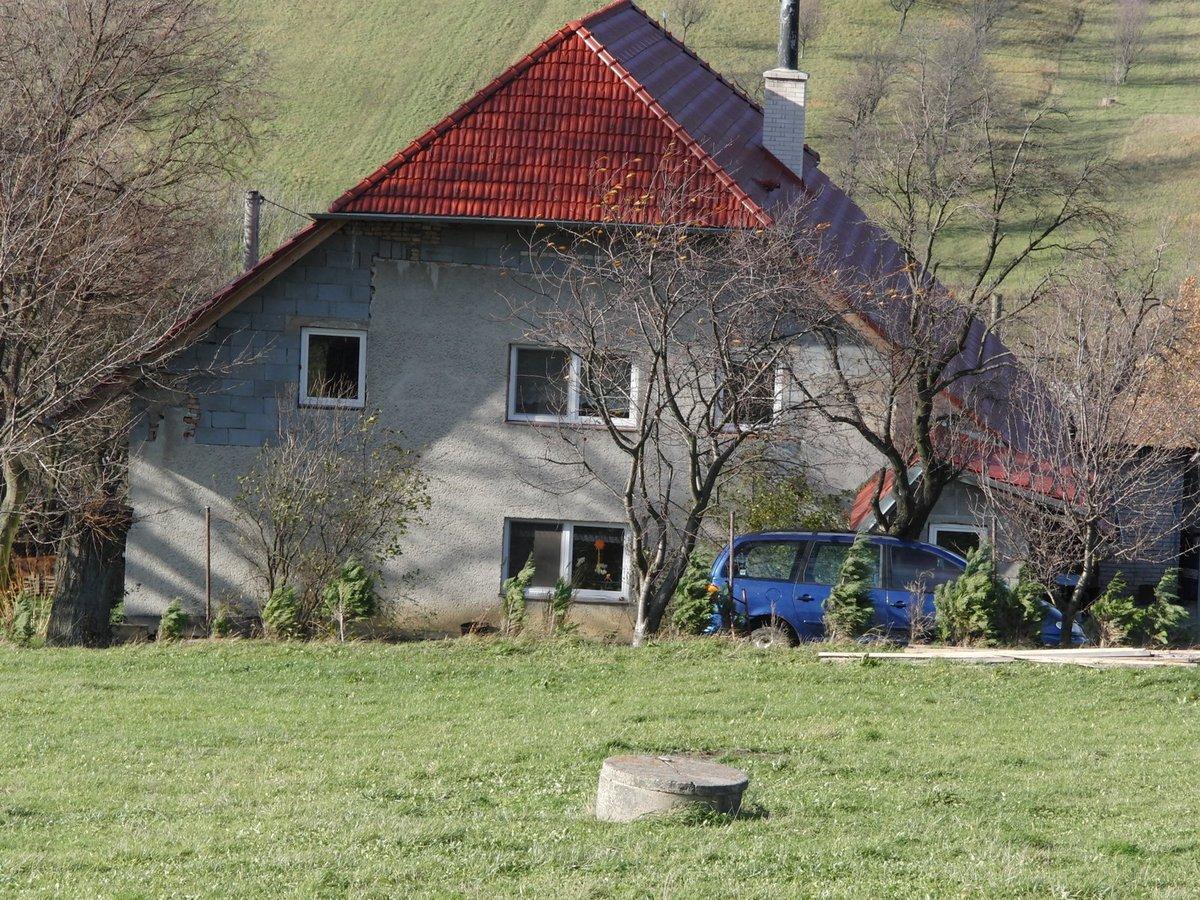 Dům nešťastné rodiny.