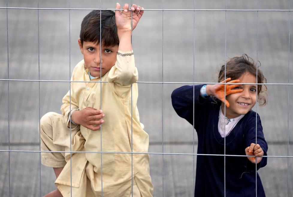 Afghánští uprchlíci na americké základně Ramstein.