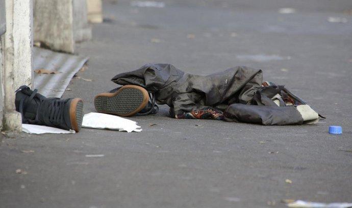 Ráno po teroristickém útoku před koncertní síní Bataclan
