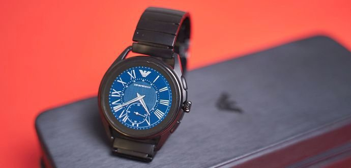 Recenze chytrých hodinek Emporio Armani: italská elegance spojená s chytrými funkcemi