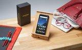 Recenze Xiaomi Pocophone F1: špičkový smartphone nemusí stát majlant