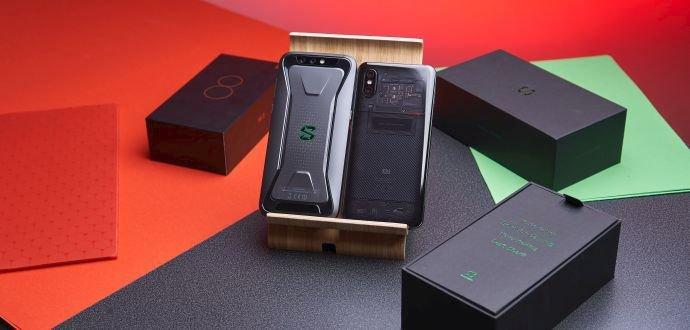 Dvojrecenze Xiaomi Mi 8 Pro a Black Shark: hora výkonu nejen pro hráče