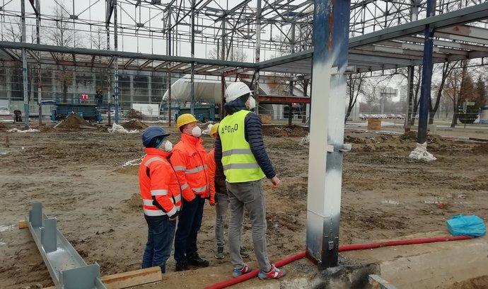 Nový stavební zákon má výrazně zrychlit povolování staveb v Česku, A8000