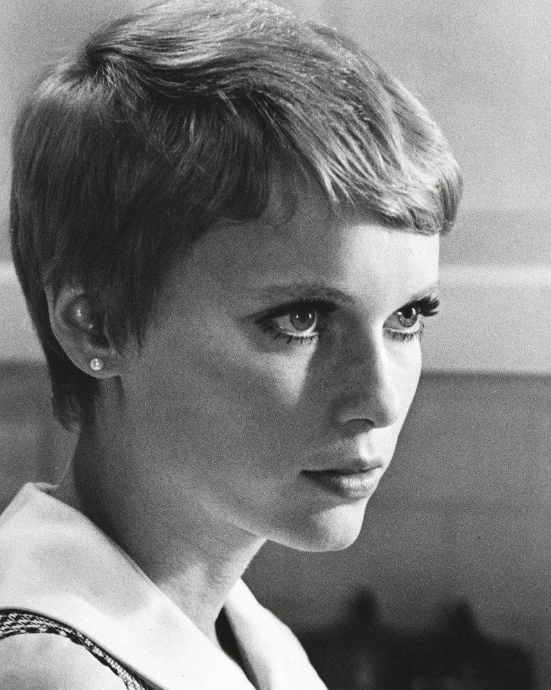 1967 - chlapecký sestřih zvaný pixie cut
