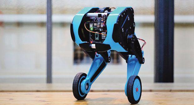 Robot SK8O z ČVUT: Na dvou kolech balancuje jako profík