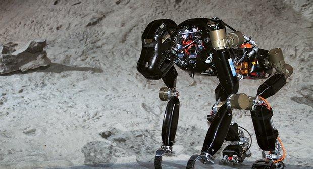Robotický opičák: Novodobý dobyvatel vesmíru
