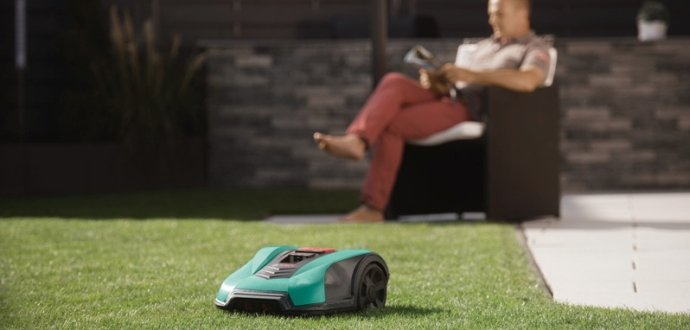 Chcete dokonale posekaný trávník, aniž byste vstávali z křesla?