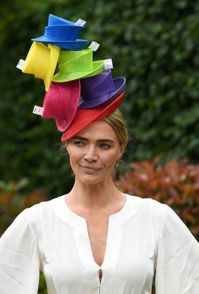 Jednou z dam, které vsadily na módní nadsázku, byla i modelka Jodie Kidd