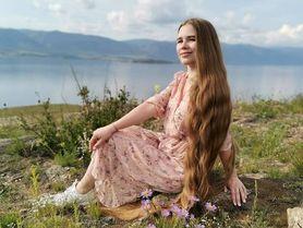 Ruská dlouhovláska ukazuje, jak to dopadne, když si neostříháte vlasy 23 let