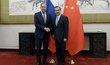 Ruský ministr zahraničí Sergej Lavrov se svým čínským protějškem Wang I.