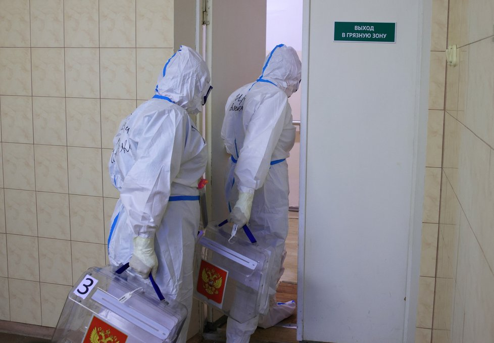 Epidemiologická opatření při volbách v Rusku (19.9.2021)