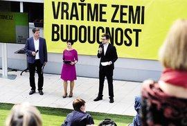 Volby rozhodne naštvaný střed: Vrátí se názorově nevyhranění voliči ke koalici …