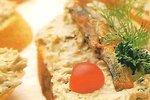 Rybí pomazánka s rajčátky