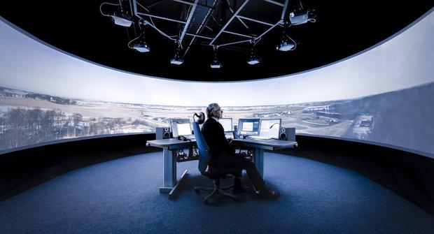 SAAB řidící věž: Zvládne to na dálku