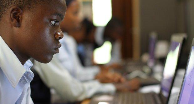 Poperte se s digitálními rozdíly v Africe