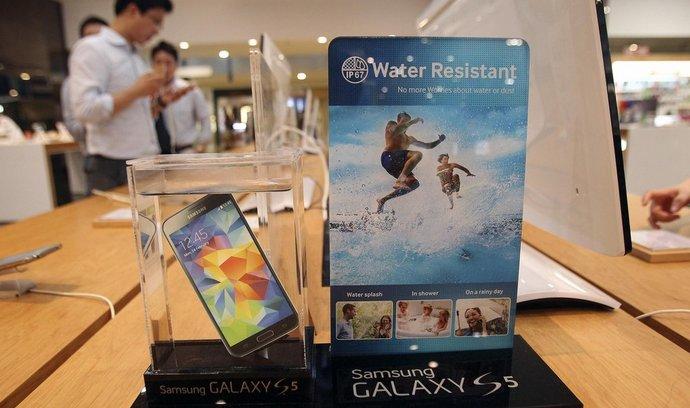 Samsung,  Galaxy S5 smartphone