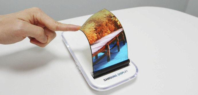 Ohebné smartphony od Samsungu. Přijdou už v letošním roce!