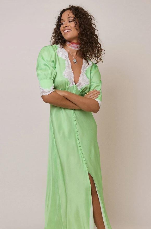 Saténové šaty s krajkou, Rixo London, 255 GBP