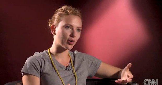 Johansson loupež fotek považuje za nehoráznost