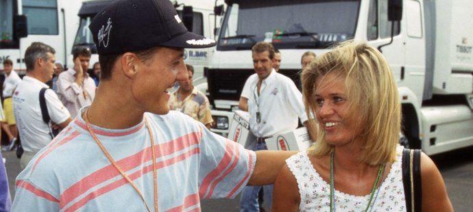 Legendární pilot F1 Michael Schumacher měl v milované ženě Corinně vždycky maximální oporu, což platí i po jeho fatálním zranění ze zimy 2013