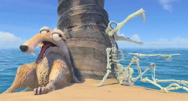 Šavlozubá veverka Scrat běsní v novém filmu. Mrkejte na to!