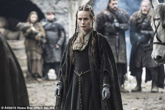 Selyse Baratheon si ale pamatujeme především v podání Tary Fitzgeraldové.