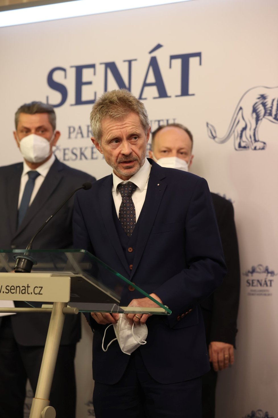 Senátoři o zdraví prezidenta Miloše Zemana (18. 10. 2021): Miloš Vystrčil