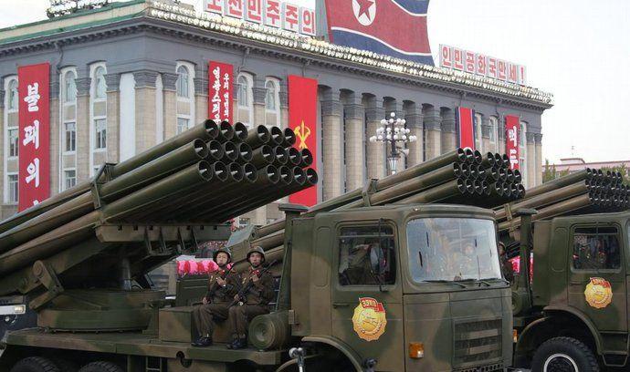 Severní Korea při oslavách 70. výročí založení vládnoucí Korejské strany práce