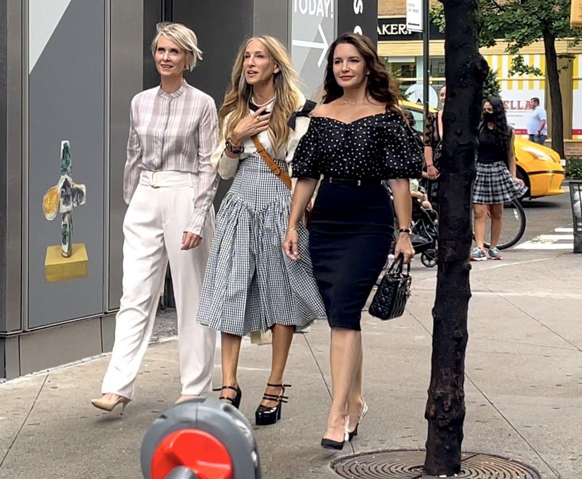 Sarah Jessica Parker, Cynthia Nixon a Kristin Davis na natáčení nových dílů Sexu ve městě