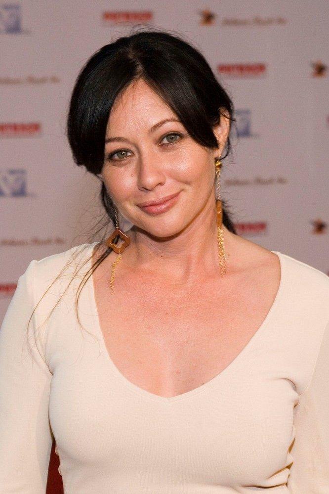 Proslavila ji role Brendy Walsh v seriálu.